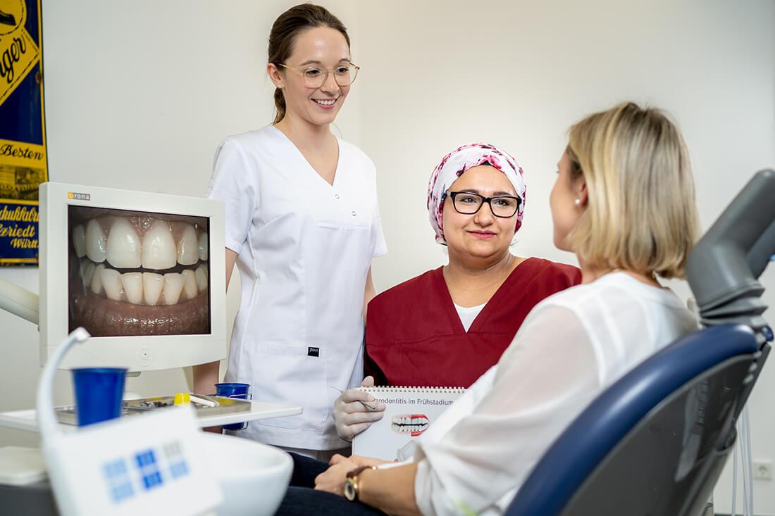 Zahnarzt Hüttlingen - Dr. Scheuermann - Behandlung in unserer Praxis