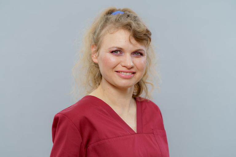 Zahnarzt Hüttlingen - Dr. Scheuermann - Team - Anna Zwjak