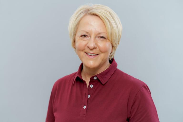 Zahnarzt Hüttlingen - Dr. Scheuermann - Team - Cornelia Kieninger