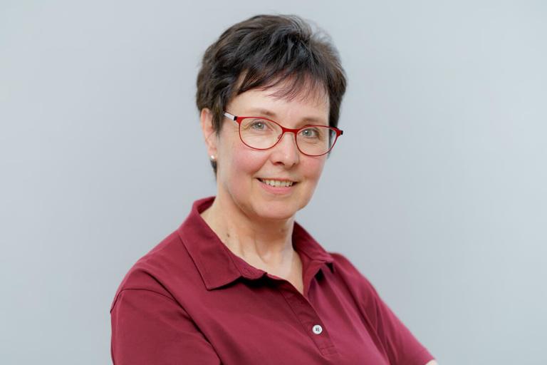 Zahnarzt Hüttlingen - Dr. Scheuermann - Team - Elisabeth Pfisterer
