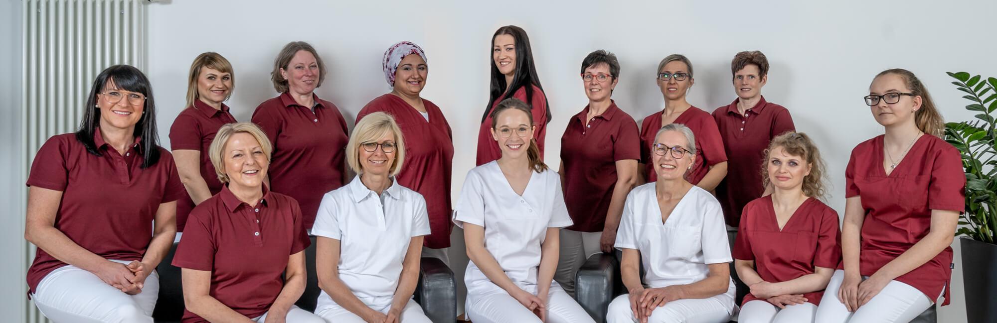 Zahnarzt Hüttlingen - Dr. Scheuermann - Team Slider
