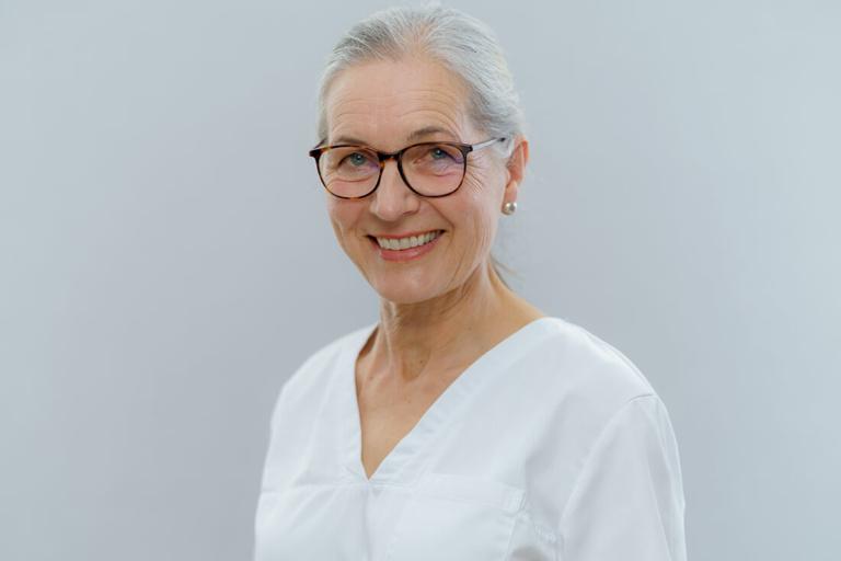 Zahnarzt Hüttlingen - Dr. Scheuermann - Team - Ute Grabowski Neitzel